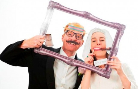 Photo Booth | Fun selfies |Διακόσμηση Γάμου